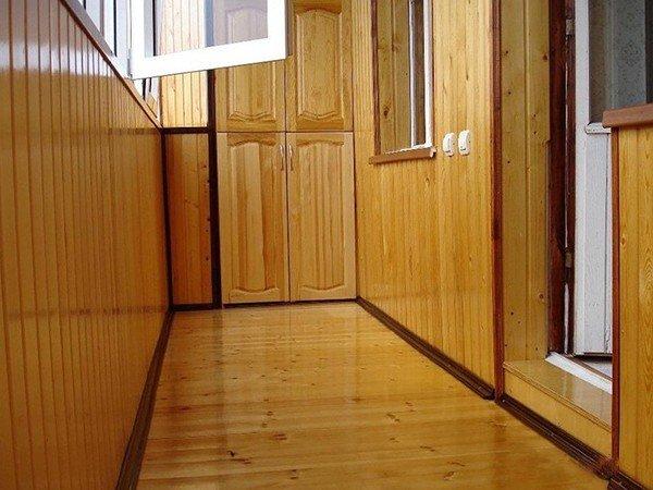 отделка балкона вагонкой под ключ