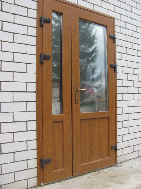 купить дверь с окном