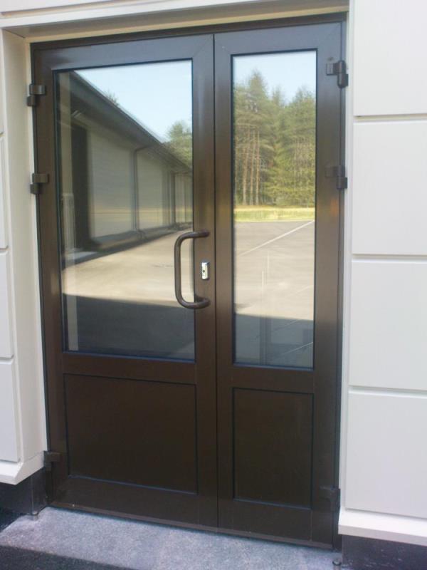 дверь с окном стандарт